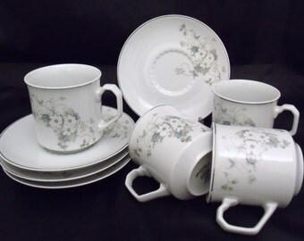 Set of 4 cups & saucers, Porcelana Real Brasil, floral pattern