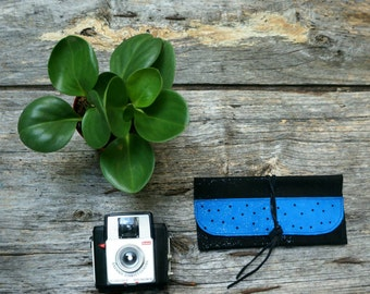 tobacco pouch leather black and blue pouch