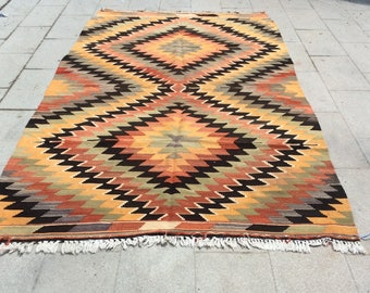 Vinatge handwoven turkish kilim rug, yellow and orange baklava kilim rug - 10x5 ft
