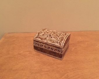 Small Stone Chest with Decorative Markings - Solid & heavy, great for keeping safe small items / jewellery