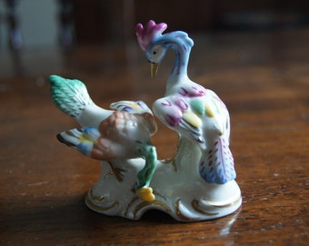 Exquisite Chelsea Porcelain Gold Anchor Marked Birds of Paradise.