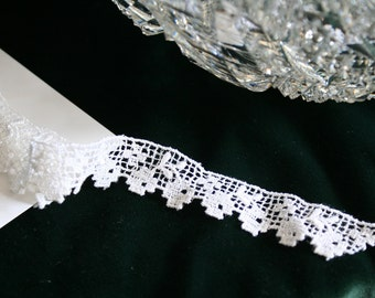 Vintage Dainty White Lace, 6 Yards