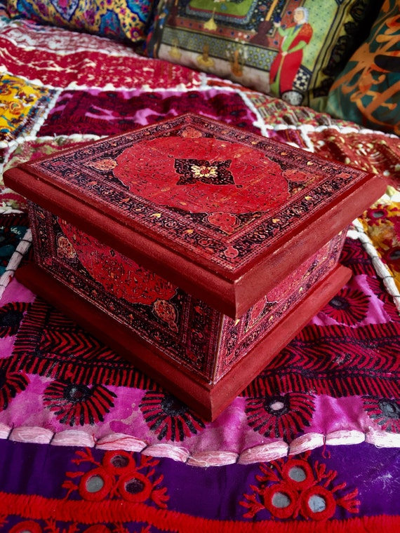 SALE Handcrafted jewellery box, wooden box, patterned box, decoupage box, jewellery storage, red jewellery box, red box,girls jewellery box,