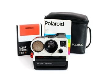 1976 Polaroid Supercolor AutoFocus 3500 + Impossible Project Color Film Pack + Case + Instruction Booklet (Tested & Working)