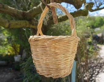 all natural white willow handmade basket with handle, italian country style, flower girl wedding cute basket.