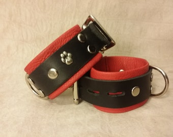 Paw Locking Cuffs with Locking Buckles