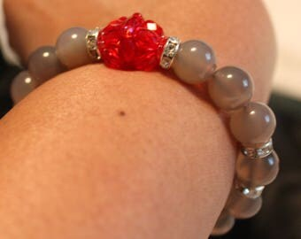 Beautiful Grey Agate beaded shamballa bracelet; handmade, beadweaving, elegant, casual-wear, party-wear