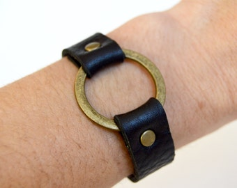 Leather Cuff With Silver  Ring:  True Black Leather Bracelet With Bronze Metal Ring-- Joanna Gaines Inspired Leather Ring Bracelet