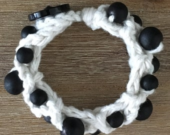 Hook with wooden Beads Bracelet