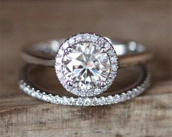 Brilliant Moissanite Engagement Ring Set VS 6.5mm Round Cut Moissanite Ring Stack Half Eternity Diamond Wedding Ring 14K White Gold Ring Set