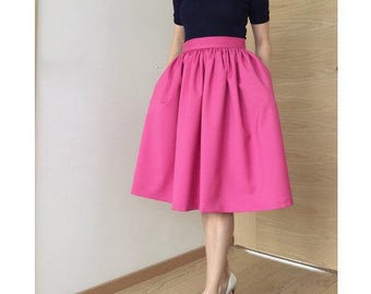 Pink Carrie skirt with pockets!