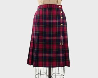 Nygard Collection Petite tartan skirt, red tartan skirt, school girl skirt, tartan, vintage tartan, retro skirt, librarian skirt, montreal
