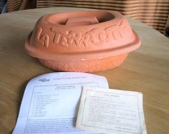 La Terracotta Clay Roaster – Chicken or Brisket Clay Pot Roaster – Romertopf…esk