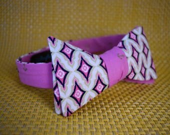 Gold Anchors on Pink/Embellished Diamonds on Cream Bow Tie