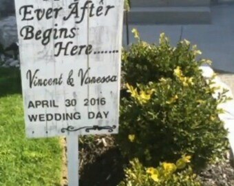 Personalized Rustic Wedding Day Board custom  made
