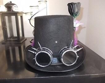 Gothic Steampunk Hut. Hat.  Höherer Zylinder. Spiked Steampunk Goggles. Size59