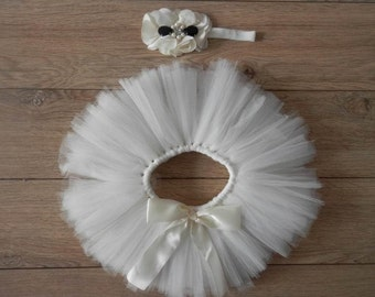 White newborn tutu with matching headband, baby shower gift, baby gift, photography prop