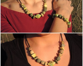 Terra cotta necklace green shade