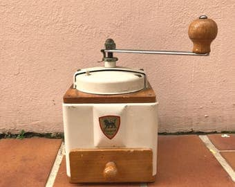 VINTAGE FRENCH PEUGEOT freres coffee grinder metal cream beige 04051715