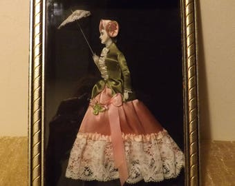 Old paintings frame under glass engraving / mode illustrated fabric dressed lace / XIX th century style