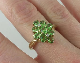 Vintage 10k Green Chrome Diopside & Diamond Cluster Ring Sz 7
