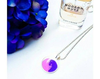 Pink, purple and white swirl pendant and necklace