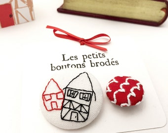 Red House Stud, fabric embroidered button, tile
