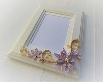 Quilled photo frame/Decorated photo frame/quilling