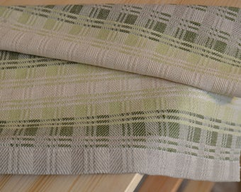 Hand-woven kitchen towel
