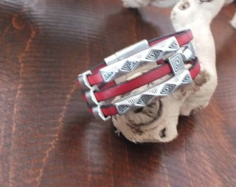 Leather bracelet with 5mm flat leather