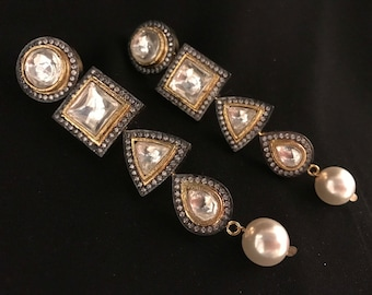 Geometric Antique Kundan Earrings in Cubic Zirconia