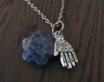Hamsa necklace with flower
