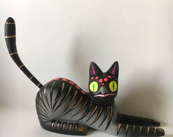 Cat wood carving alebrije mexican folk