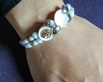 Fantasy Bracelet and white Onyx
