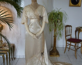 1909 Fantastic Wedding Dress, Antique wedding dress, bridal gown, Edwardian gown