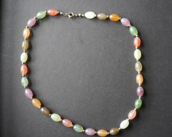 Multicoloured marbled plastic vintage beaded necklace