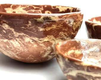 Set of 3 Ceramic /  Pottery marbled terracotta and cream clay pinch pot nesting bowls. Perfect for home decor, prep bowls, trinket dishes.