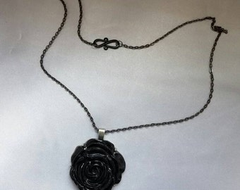 "26"" Black Rose Necklace"