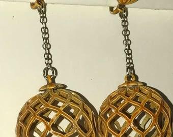 Vintage lattice work, enameled metal, globe clip earrings