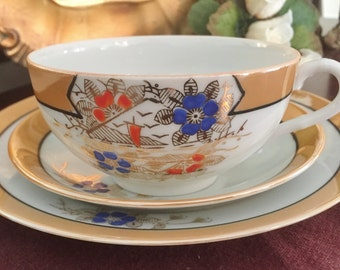 Vintage 3 Piece Teacup Trio Fine Porcelain Lusterware Made in Japan Gold Band