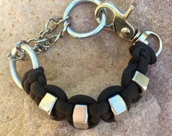 Hex nut para cord chain bracelet