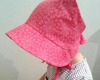 Adjustable Baby Sun Bonnet - Hot Pink Daisy