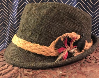 Handsome Wool Vintage Saks Fifth Avenue Green Fedora With Pheasant Hatpin