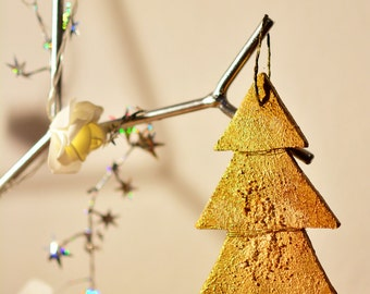 Materic effect plywood Christmas tree ornament