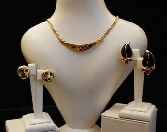 Grosse 1980s Gold Tone Rhinestone Vintage Jewellery Set