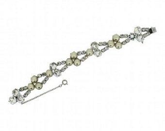 1950s Kramer Faux Pearl Bridal Bracelet