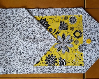 Table Runner Bright Yellow Black and White