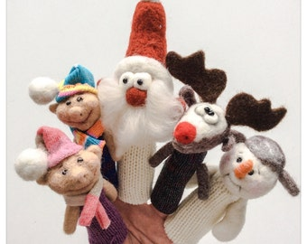 """Finger puppets in felted wool and knitting """"Story of Santa Santa Claus"""" /Marionnettes in felted wool and knitting """"History of Father Christmas"""""""