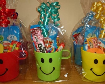 1 Pre Filled Sweet Smiley Cup Party Bag Favour - Wedding Favour - Birthday Bag - Unisex