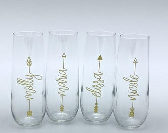 8.5 oz personalized stemless champagne flutes in sets of 4, 5, 6, 7, 8, 9, 10, 11, 12, 13, 14, 15, and 16 Font style 10